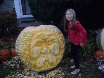 Giant Carving 04